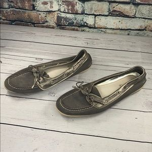 Sperry grey suede & silver topspiders 9.5